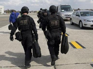 美国民众对警察信任度又跌了