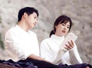 与宋仲基离婚一年,宋慧乔称一段关系最可贵是平等