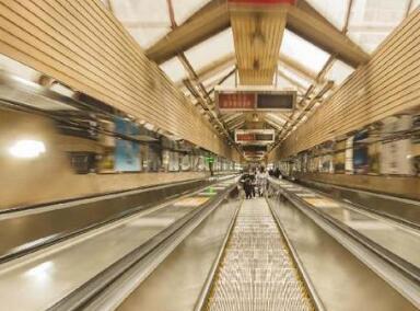 重庆:亚洲第二长扶梯